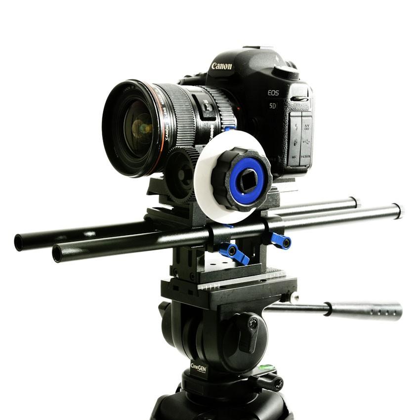 Support 40cm z zamontowanym aparatem i follow focusem