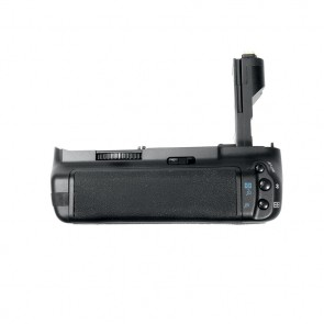 Battery pack/grip BG-E7