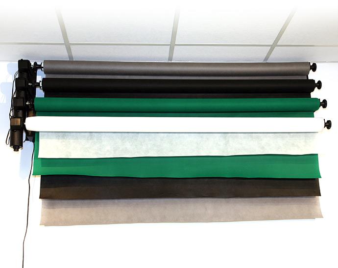 Zestaw umieszczony na ścianie